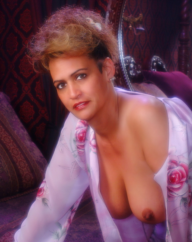 Mature Ladies Galleries 37